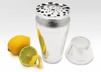 Shaker-with-Lemon