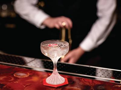 Sparkling serves: The Baccarat Bar opens its doors at Harrods